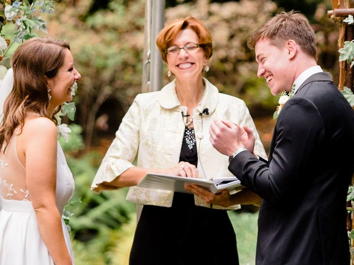 Tmx Annemarie 40 51 37837 160504321243151 Seattle wedding officiant