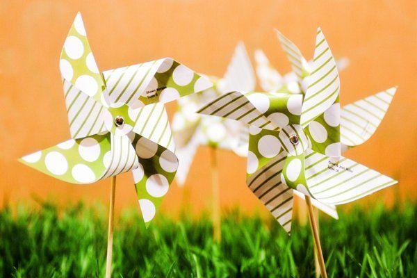 handmade pinwheel escort cards for an easy breezy spring wedding
