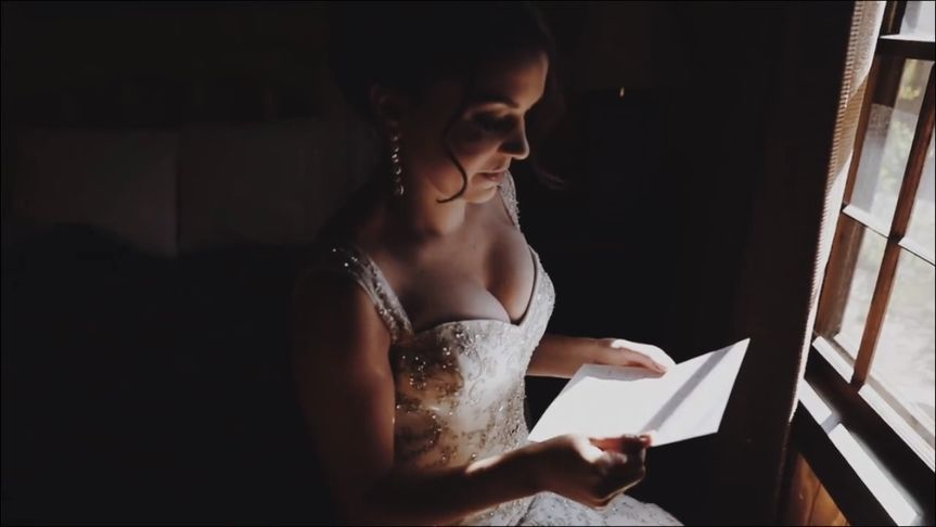 The bride reading a letter