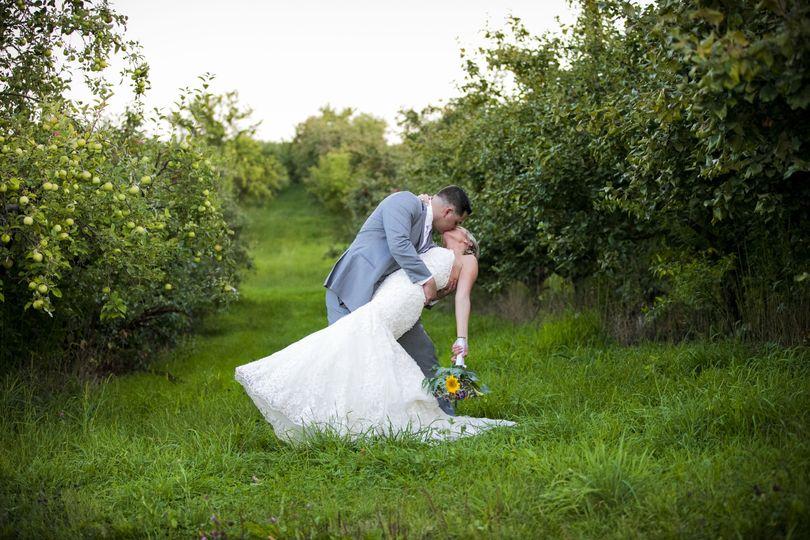 67ee2869389282ea 0666 Hannah and Matt Wedding 8276