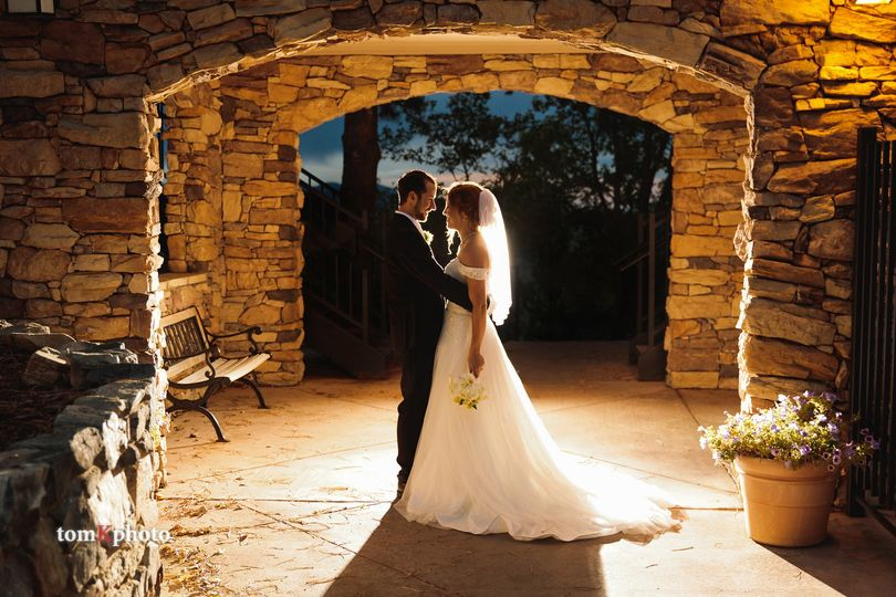 The Couple under stone arches