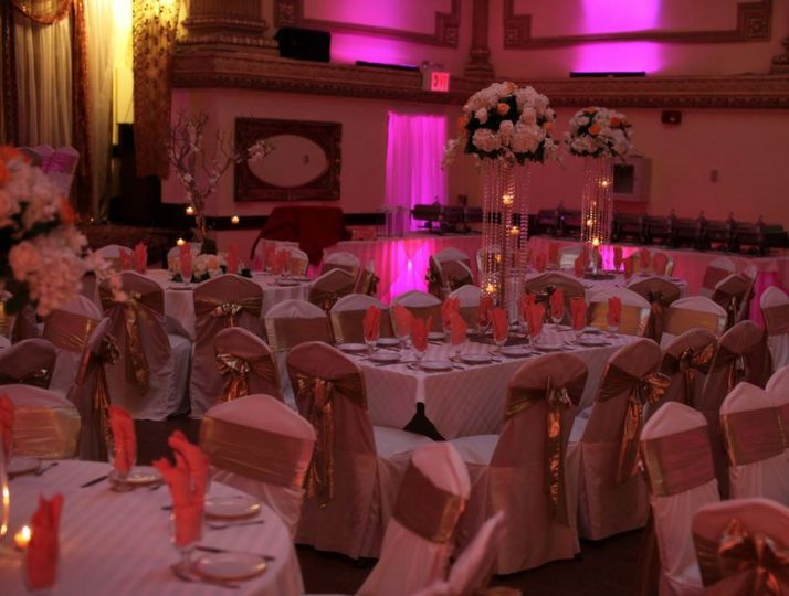 Gold & red table setup