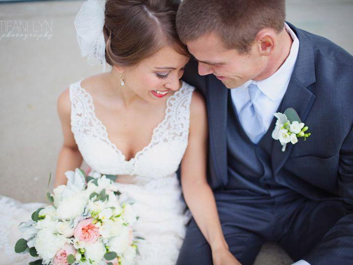 Tmx 1370368642756 Travis Jessi The Cheney Place Grand Rapids Wedding Tifani Lyn Photography 031 Grand Rapids wedding florist