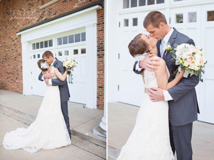 Tmx 1370368777468 Travis Jessi The Cheney Place Grand Rapids Wedding Tifani Lyn Photography 029 Grand Rapids wedding florist