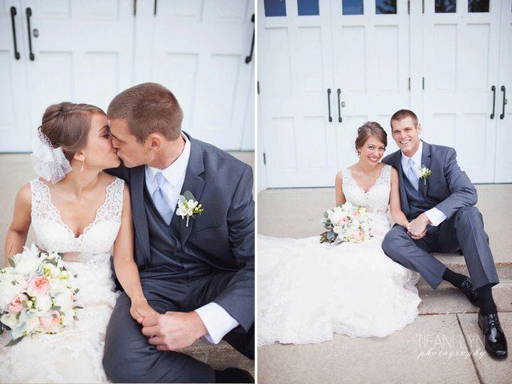 Tmx 1370368795089 Travis Jessi The Cheney Place Grand Rapids Wedding Tifani Lyn Photography 032 Grand Rapids wedding florist