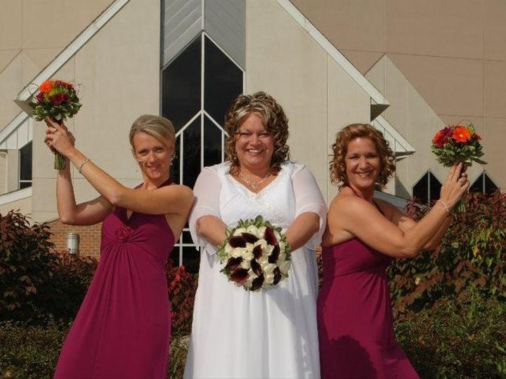 Tmx 1370375372578 168595138583766639818457331357279071543063n Grand Rapids wedding florist