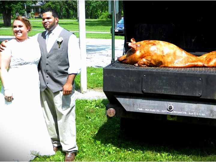 Tmx Bg Pig Roast 51 32937 Red Lion, PA wedding catering