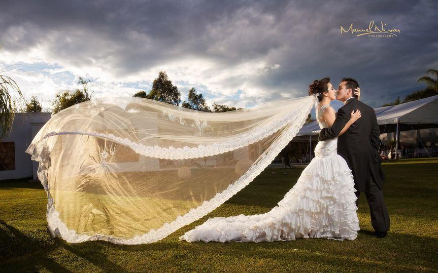 The sweeping veil - Nivar Photography & Film