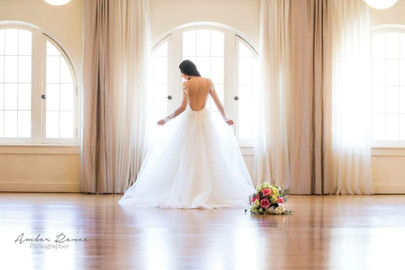 Backless wedding dress with tulle