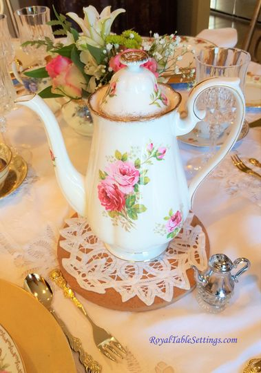 We provides a wide selection of unique and one-of-a-kind rentals of tea cup sets, cake stands,...