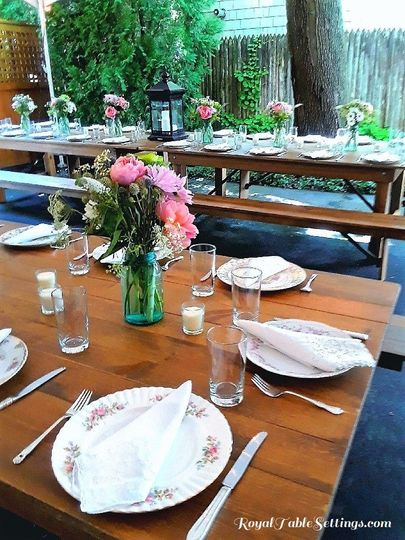 Wow your guests with a beautiful vintage table setting for your birthday, shower, wedding or...