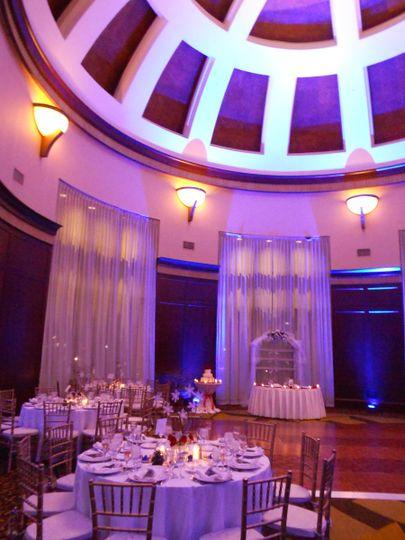 Simple wedding table set-up