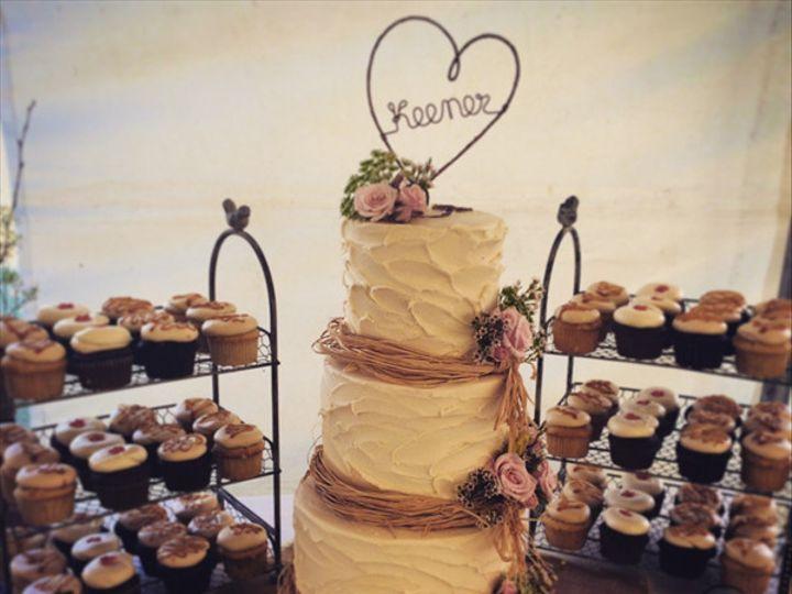 Tmx 1423673385868 30663a2a 132b 454e 9d87 0d764880d598 Mullica Hill wedding cake