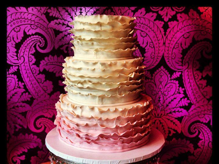 Tmx 1423675637413 9c2dd3bf 4a10 46b5 Afc7 5c0c5ee4ad28 Mullica Hill wedding cake
