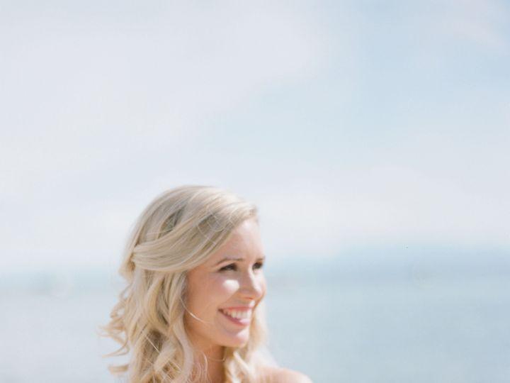 Tmx 1515659651 32ec0a939a9b7b59 1515659647 F86b0643257b9b3f 1515659634026 2 MelinaWallischPhot Reno, Nevada wedding florist