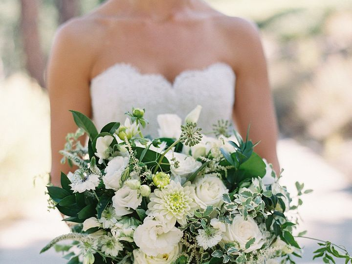 Tmx 1515659810 03e8e9fe25935e5f 1515659808 A08d16061f34d0a2 1515659807673 5 GinaRyan 260 Reno, Nevada wedding florist