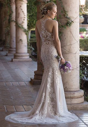 Razor back wedding dress