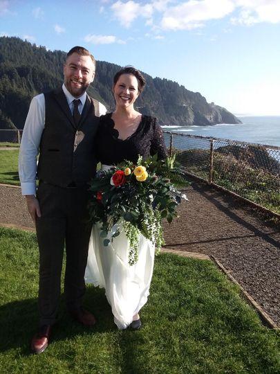 Haceta Head Lighthouse wedding
