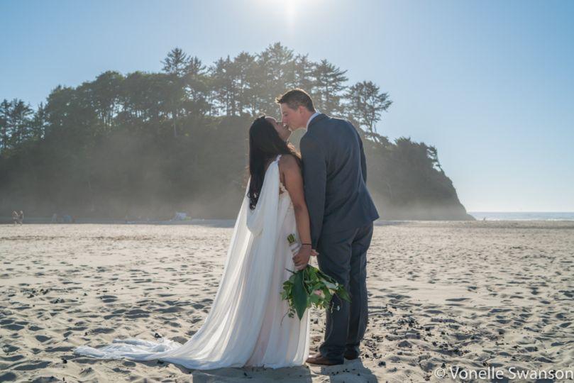 Neskowin beach wedding