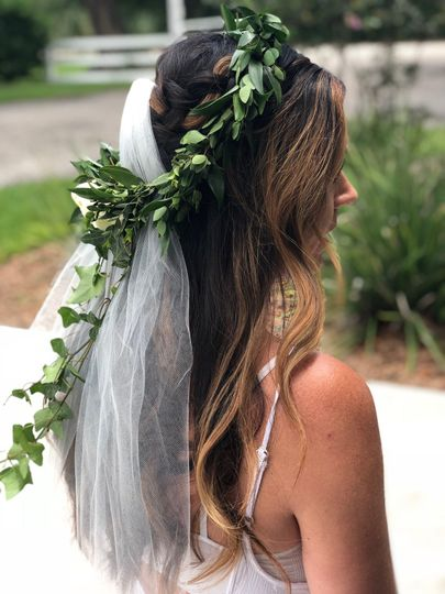 A romactic  Bohemian look for this bride.