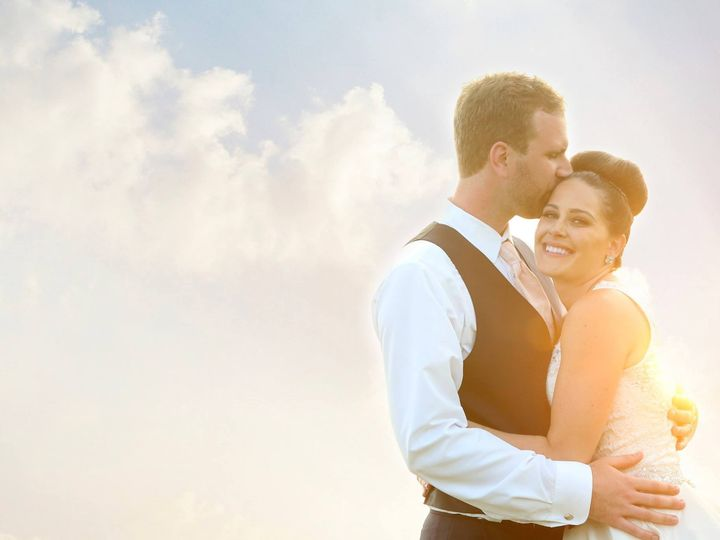 Tmx 1477941635156 135850059022406599029395757299614531802147o Davenport, IA wedding planner