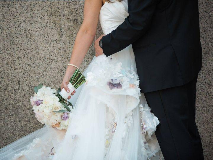 Tmx 21994358 10212117303825946 4461997252342482125 O 51 367047 161281278126106 Davenport, IA wedding planner