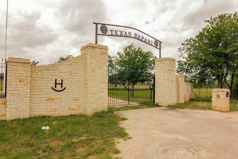 Entrance to Texas Safari Ranch where your dream wedding becomes a reality!