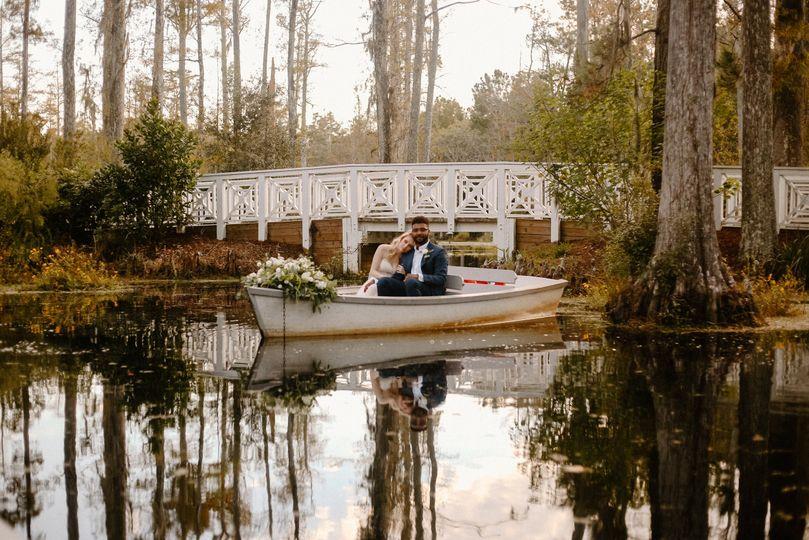 Row boat bridge