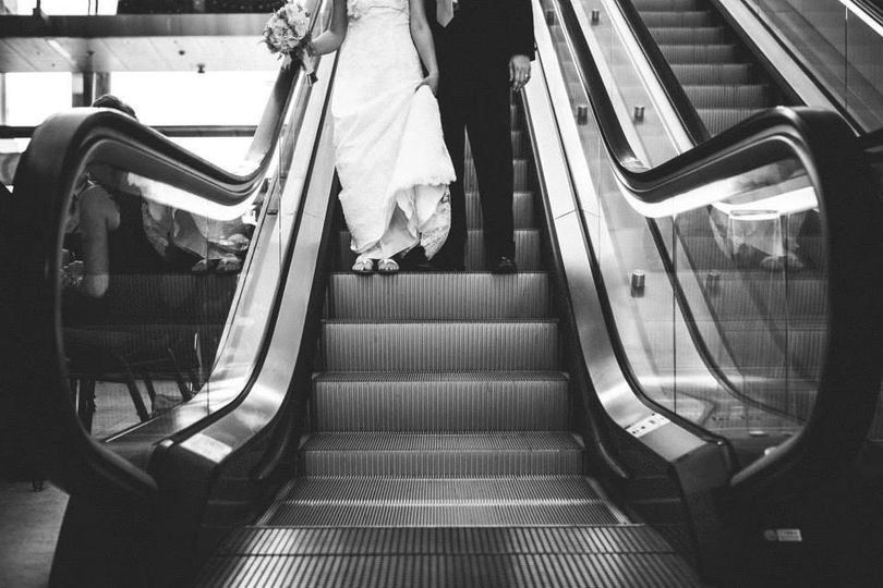 escalator bw
