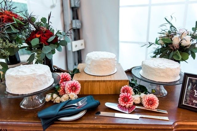 Cake display photo by www.1001angels.com