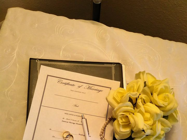 Tmx 20190501 125214 51 1871147 1566695131 Mountlake Terrace, WA wedding officiant