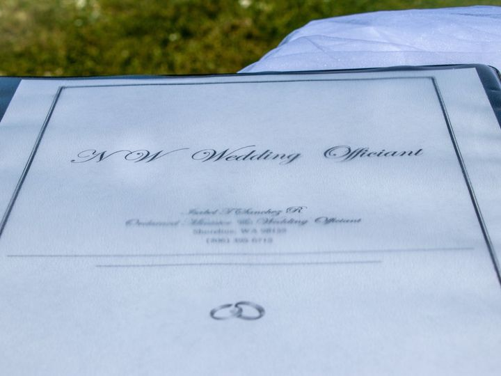 Tmx Img 9273 51 1871147 1566693023 Mountlake Terrace, WA wedding officiant