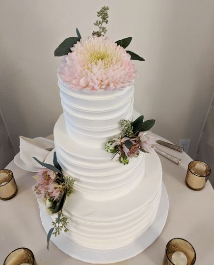 Cake with Floral Decor