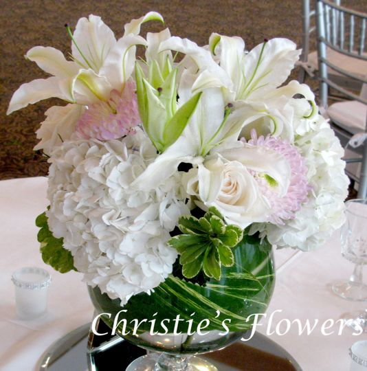 Rose Bowl Lily Centerpiece