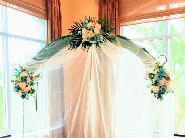 Tmx 1515718900 B9ecc63b41cb0b66 1515718896 476a5a321fcba667 1515718896425 7 0707171523 Naples, Florida wedding florist