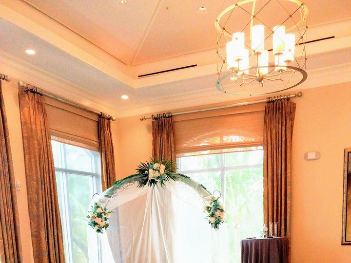 Tmx 1515718906 B2cee6c26c8ce0ea 1515718903 25b758b90d910d8a 1515718902428 8 0707171523a Naples, Florida wedding florist