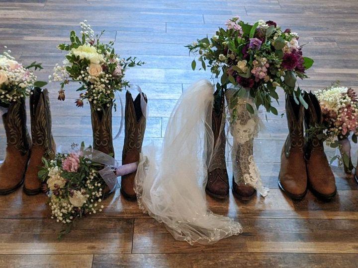 Tmx Ambercornacchiaweddingpartyboots 51 102147 160337232263851 Naples, FL wedding florist