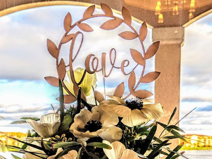 Tmx Eggerweddingcaketopper 51 102147 157444794689226 Naples, FL wedding florist