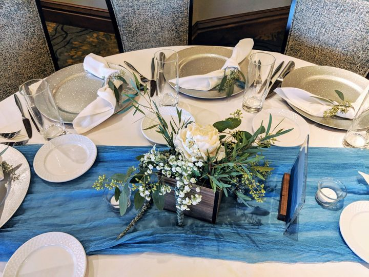 Tmx Eggerweddingcentgerpiece 51 102147 157444794796727 Naples, FL wedding florist