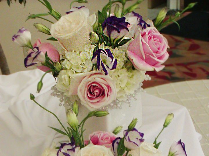Tmx Precioussweetnesscubecenterpiece 51 102147 161376685948394 Naples, FL wedding florist