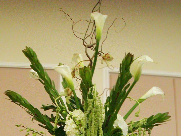 Tmx Toweringelegancecenterpiecce 51 102147 161376685574265 Naples, FL wedding florist