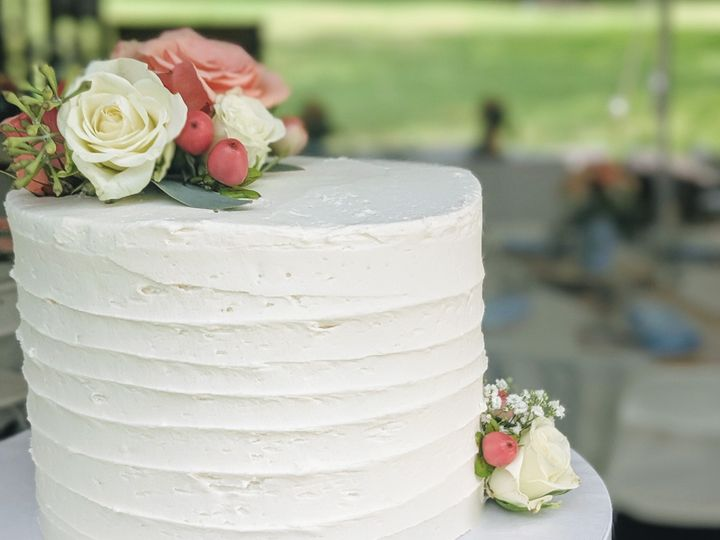 Tmx Img 20190902 091806 942 51 992147 1567541460 Ellicottville, New York wedding cake