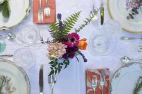 Fig & Feather Vintage Event Rentals