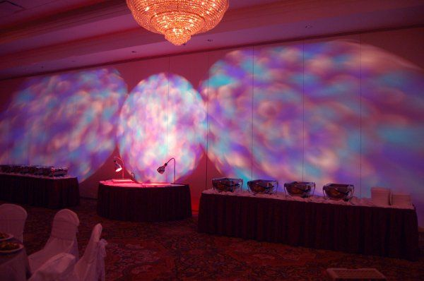 Change the look of an ugly airwall at your venue!
