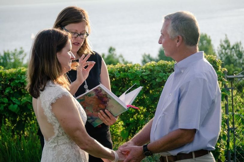 800x800 1470773320333 Wedding Officiant