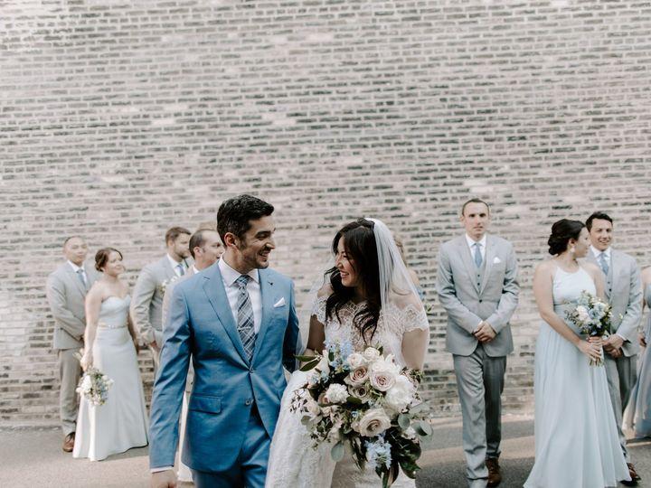 Tmx 3r4a7705 51 665147 1557781040 Milwaukee, WI wedding florist