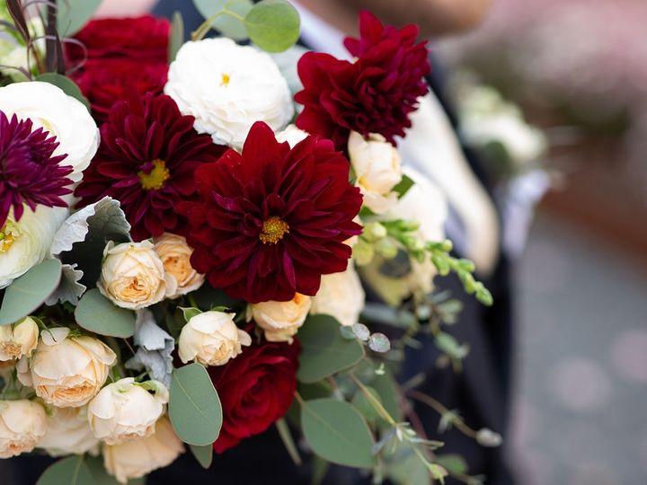 Tmx Hkco Halaswedding 139 51 665147 1557780661 Milwaukee, Wisconsin wedding florist