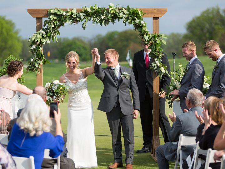 Tmx Tck180519 448 51 665147 1557780150 Milwaukee, Wisconsin wedding florist