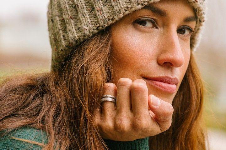 Alternative wedding rings