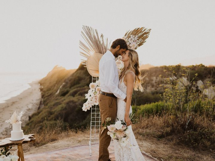 Tmx Tt 156 51 1986147 160124308963514 Santa Barbara, CA wedding florist